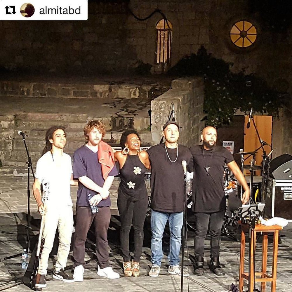 Last night in #Budva #Montenegro with the fellas 💗💥👏🏾 #justletmeintroducemyself #nightintales #whateverep #Repost photo @almitabd ・・・ #chinamoses #amazingnight #jazz #live #heartandsoul #gradteatar #summer #montenegro (at Budva, Adriatic Sea, Montenegro)