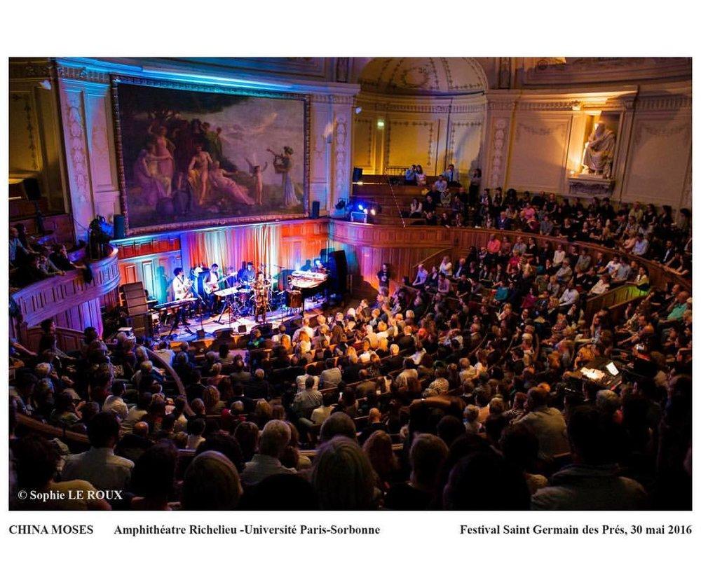 """""""It was all a dream"""" 🙏🏾🤘🏽😍 #paris Je t'💜 Photo: Sophie Le Roux #lasorbonne #jazzastgermaindespres (à Grand Amphithéâtre de la Sorbonne)"""