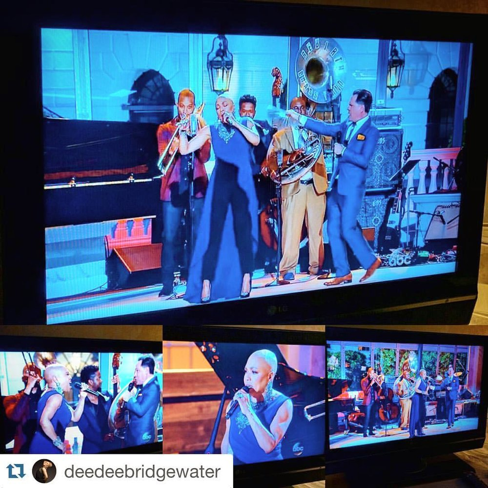 "Yes that is my momma! 🔥🔥🔥🔥💜💜💜💜💜💜💜💜#prouddaugther #Repost @deedeebridgewater with @repostapp.  ・・・  So thrilled! #KurtElling and I kicked off ""Jazz at the White House"" with the amazing #TromboneShorty, #RebirthBrassBand, #BenWilliams, #BrianBlade and #KrisBowers!  #JazzDay2016 (à The White House)"