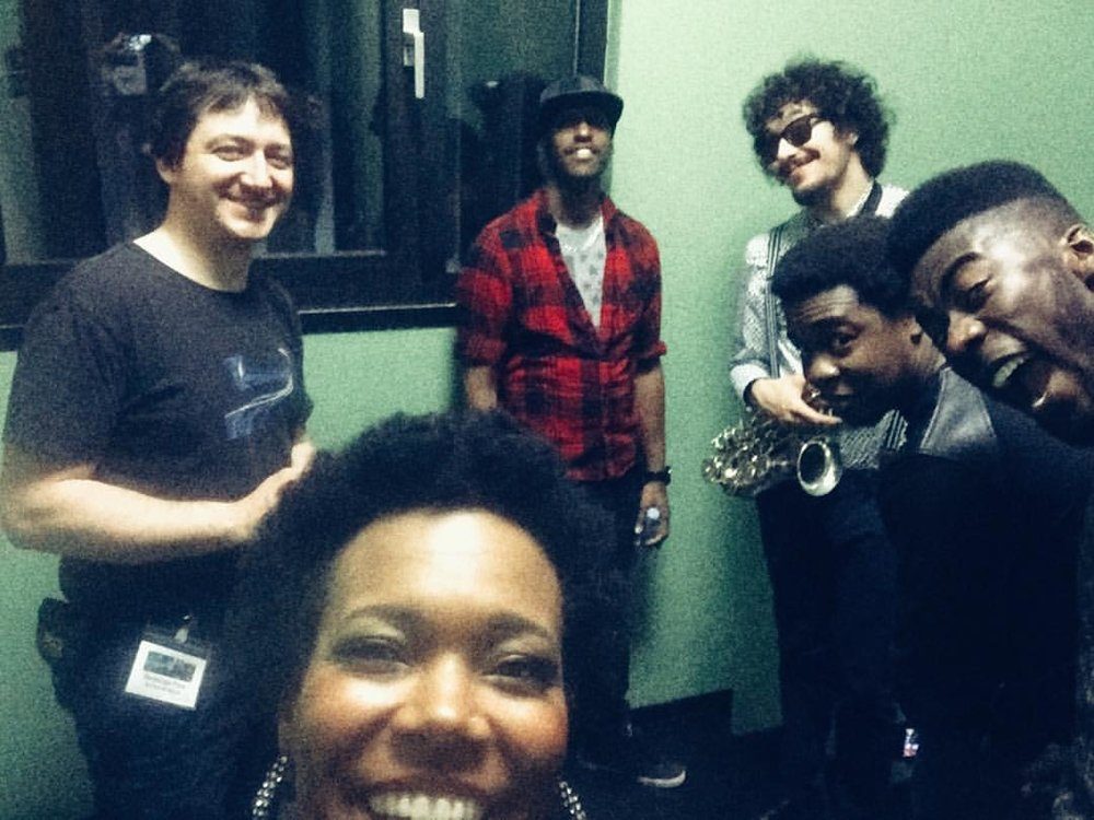 Looking forward to playing with these guys again tomorrow in #Poznan #erajazzu #aquanetjazzfestival #poland This was #backstage in #sanktingbert  after the show. On the left is Sebastien who took great care of and look forward to seeing again . When you are on the road often there are people you bump into again and again over the years. This was our 4th time. 💗 (à Stadthalle Sankt Ingbert)
