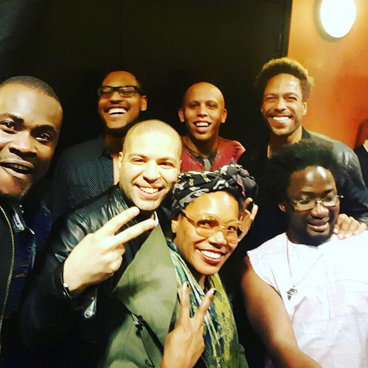 Just one of the guys. 🙌🏾😎🖖🏾💗#backstage  #marcusmiller In great company. The musicianship level was high last night! #CherifSoumano #BrettWilliams #AlexHan #AlexBailey #GaryDourdan  #AdamaBilorou (à L'Olympia)