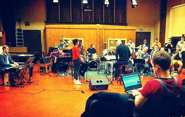 Someone snuck a pic at #rehearsal today with #latvianbigband 😎 This going to be one exciting ride tomorrow night in #riga #breakingpoint #latvia #singerontheroad (à Latvijas Radio)