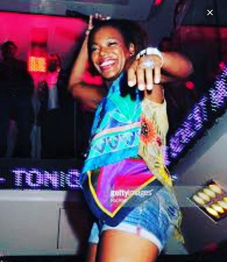 Throwback when I used to host parties @viproomofficial #sttropez with @djcutkiller  #partygirl #clubvibe  (à VIP ROOM ST-TROPEZ)