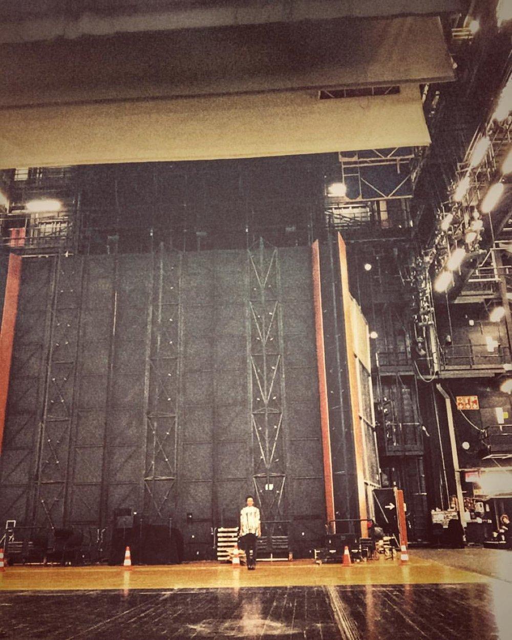 Remember your size. #orquestasinfonicadebilbao #365jazzbilbao #spain #bilbao #backstage  (à Euskalduna Jauregia / Palacio Euskalduna)