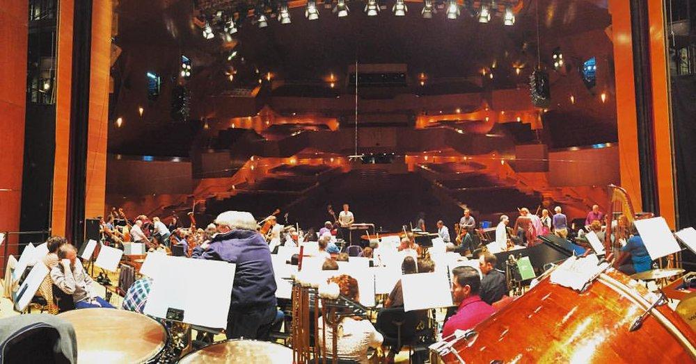 Our home for tonight and tomorrow. #bilbao #bilbaoorkestrasinfonikoa #spain #singerontheroad  (à Euskalduna Jauregia / Palacio Euskalduna)
