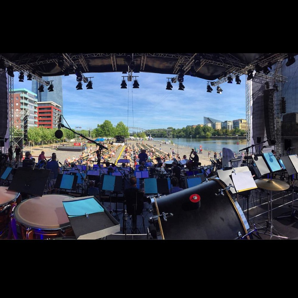 My home for the evening! #hrbigband #jimmcneely #frankfurt #germany #singerontheroad (at Sommerwerft Theater- und Kulturfestival)