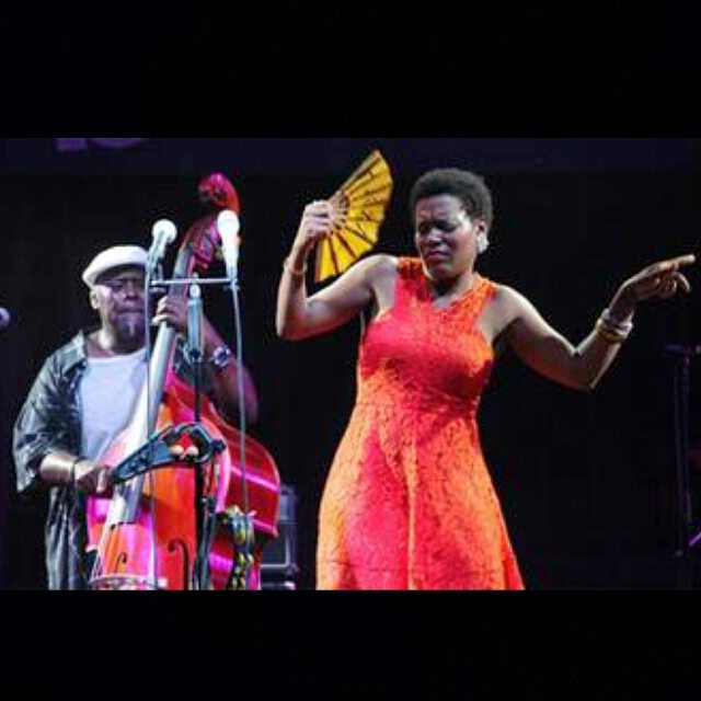 On stage @jazzbaltica 25th anniversary. #abouthatnight @levelneville1 #levelnevillemalcolm #allaboutthatbass #sandro dress #jazzfan #tcheliconvoicelivetouch #germany #niendorf #singerontheroad