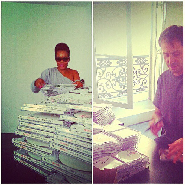 Riddle me this: How many CD's can one sign in an hour? #raphaellemonnier #me #crazyblues