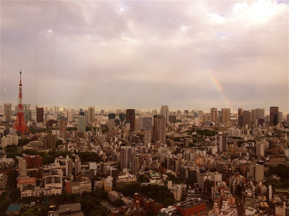TRAVEL IF YOU CAN.    lefto :     5.30pm - 04052012    Rainbow over the Tokyo bay…