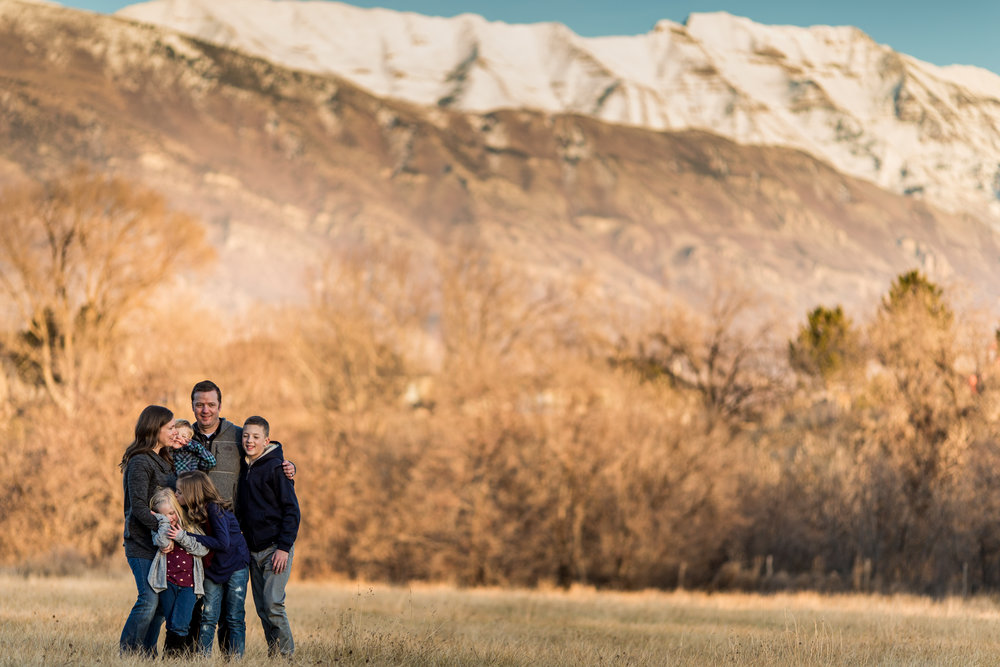 Mountain view sunset session {Utah family lifestyle photographer}