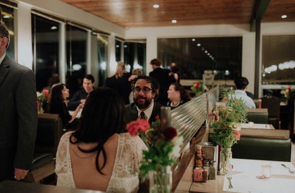 diner wedding arrangements