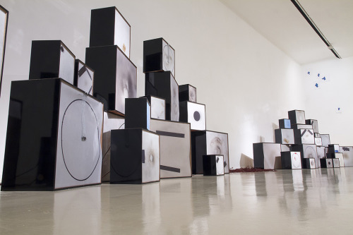 Image courtesy of  http://sound-art-text.com/post/106254788138/yesno-questions-is-an-installation-by-guy