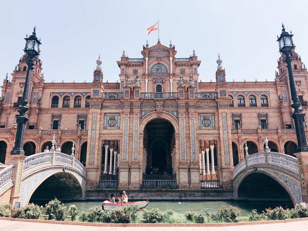 Image: Devouring Seville - Plaza de España