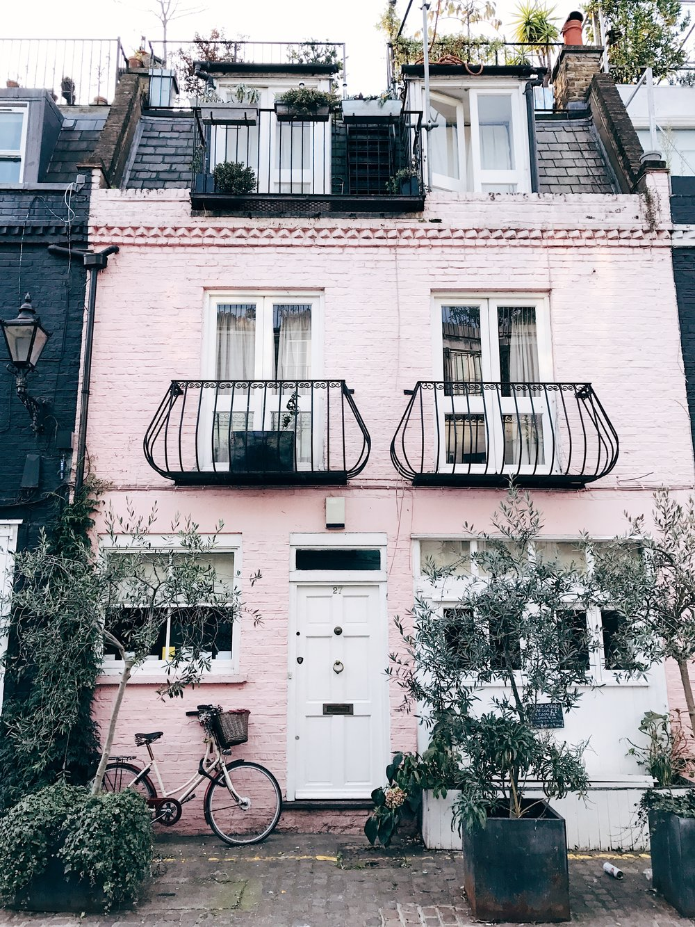 Image: Reasons to Visit London - Many Images to Inspire You to Visit London - Notting Hill