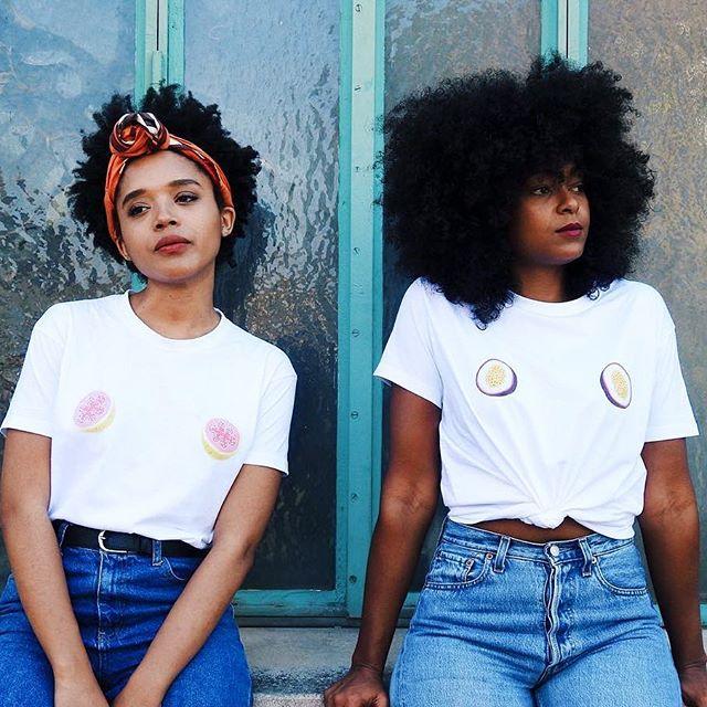Checkmate🔥 📸 : @audreycdk & @michmichoune X @annesofree 👑 #curlsvitamins 🌀 #tropicalstateofmind 🌴