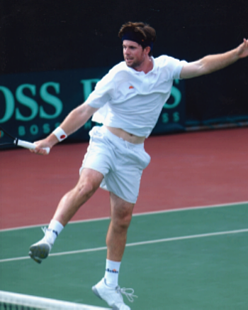 Dave Mullins competing in Davis Cup