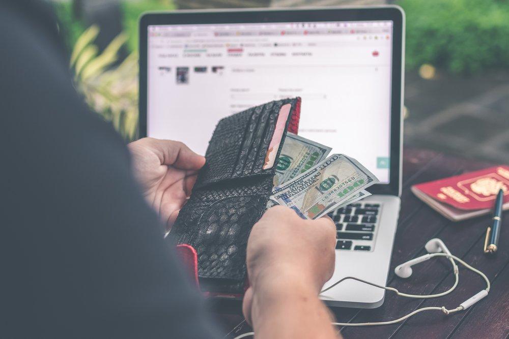 background-bank-notes-bills-929285.jpg