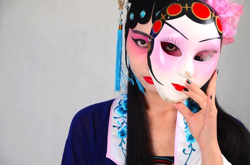 beijing-opera-1160109_1920.jpg