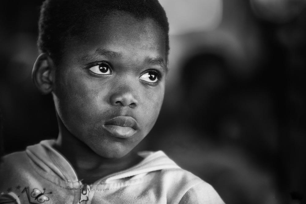 orphan-1139042_1280.jpg
