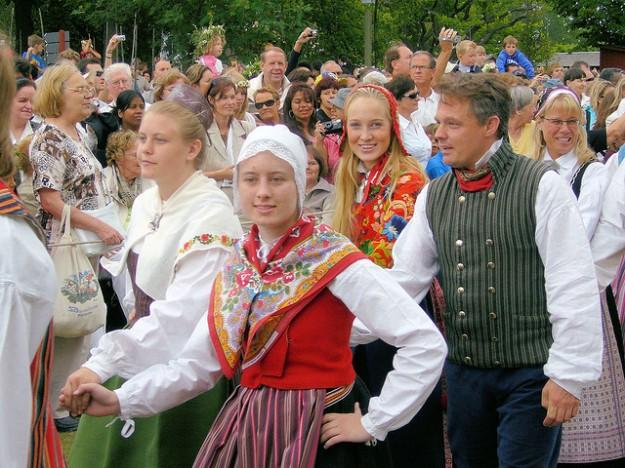Midsummer_Sweden