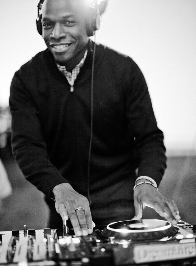 Qool DJ Marv B&W