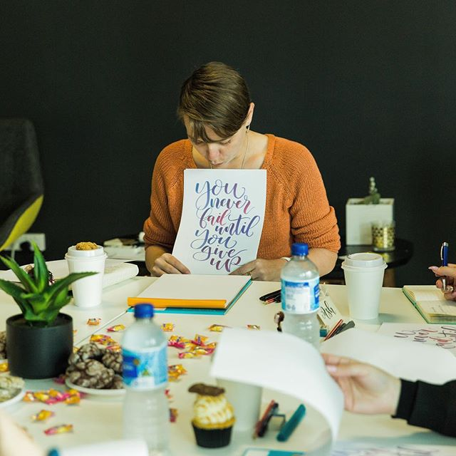 I spent some time with the lovely and insanely talented @negativespacestudioperth @dontwantnofont at her lettering workshop this morning! So much fun, laughs and lettering goodness! . #letteringlikeaboss #honestphotoperth #workshopsperth #lifelonglearning