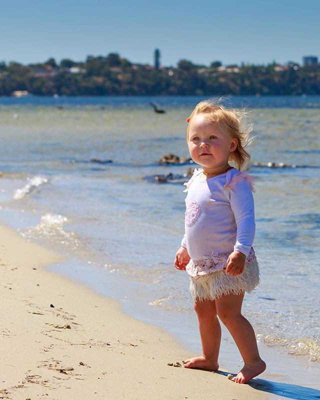 Welcome back summer! It's been too long 😁 #honestphotoperth #familyphotography #beachphotoshoot #perthbeaches