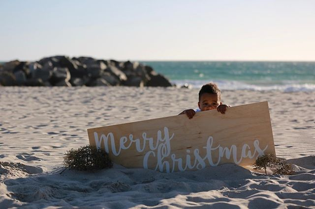 So many great shots from this beachy Christmas photoshoot.  Every time I do a beach photoshoot I swear it's my favourite thing on earth!  #merrychristmasperth #honestphotoperth