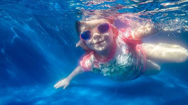 Yesterday was perfect hot, sunny playful and warm... filled with friends, fun and pimms. #summerholidays #honestphotoperth #underwaterphotography #underwaterkids
