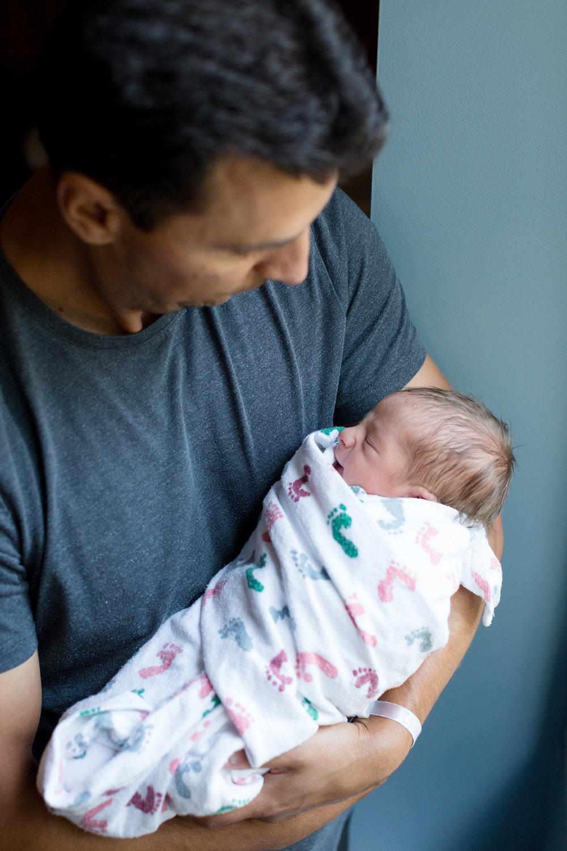 San-Diego-Fresh48-Newborn-Photographer-Christine-Dammann-Photography-RVD-87.jpg