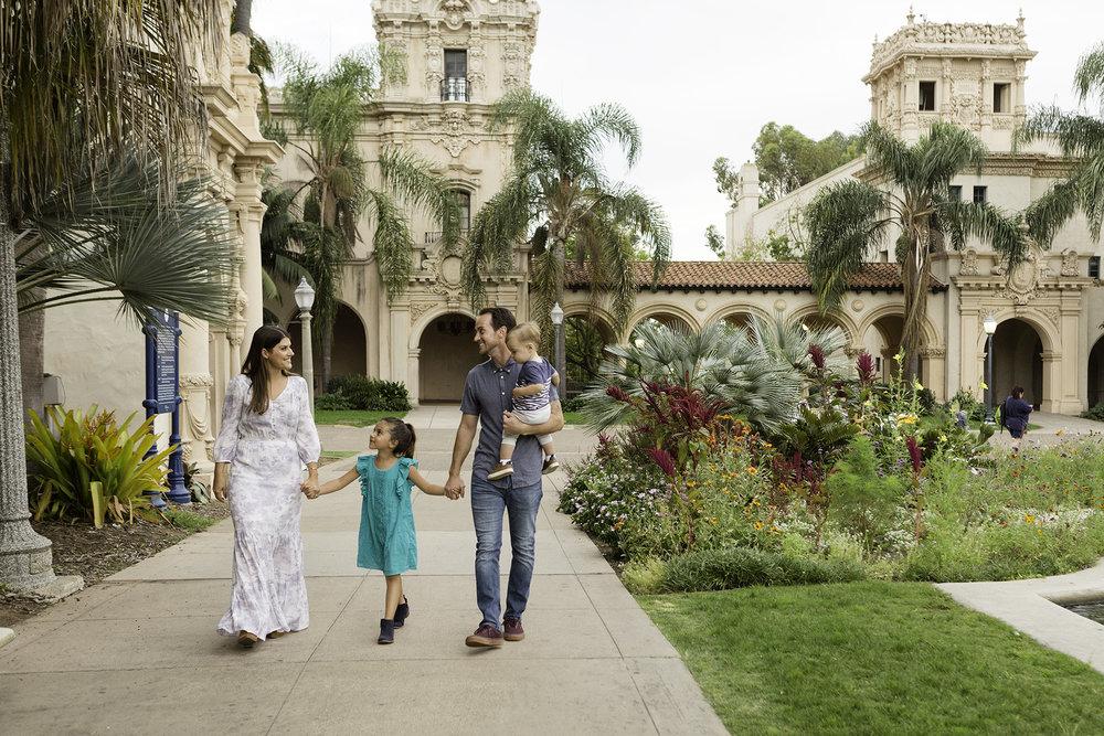 San Diego Family Photographer Christine Dammann Photography Balboa Park Family Photos WS QF4202.jpg