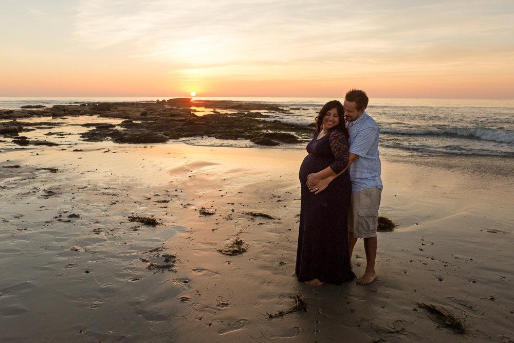San Diego Maternity Photographer Christine Dammann Photography Couple on beach 6