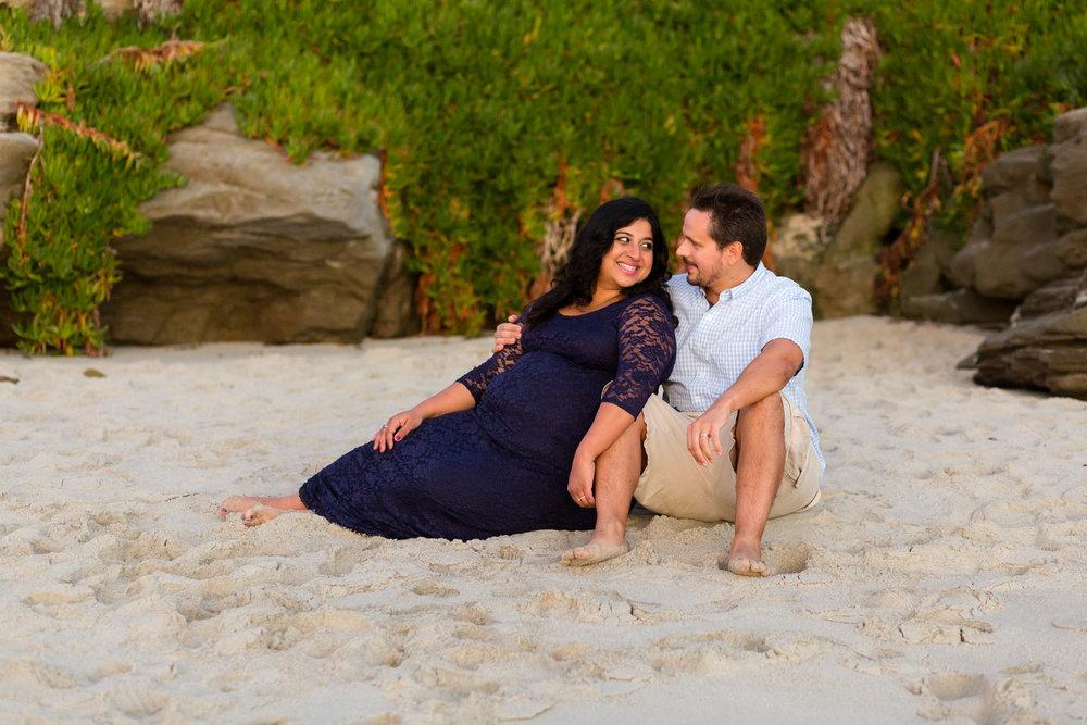 San Diego Maternity Photographer Christine Dammann Photography Couple on beach 4