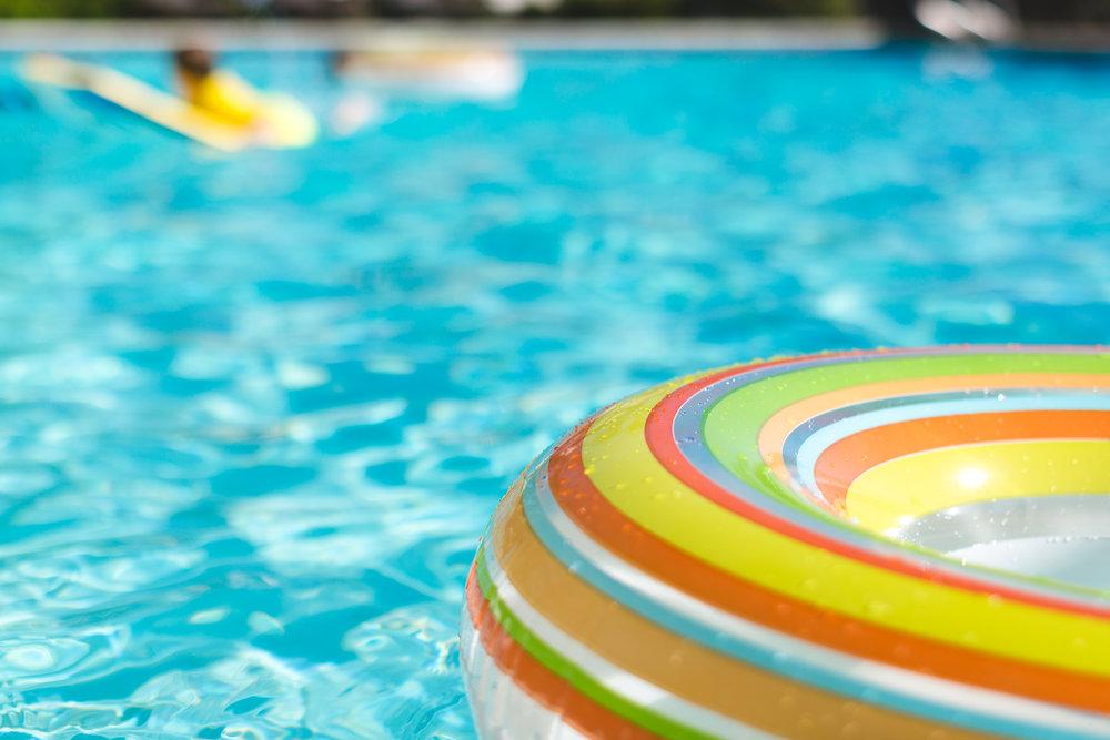 San-Diego-Family-Photographer-Christine-Dammann-pool-floatie-4.jpg