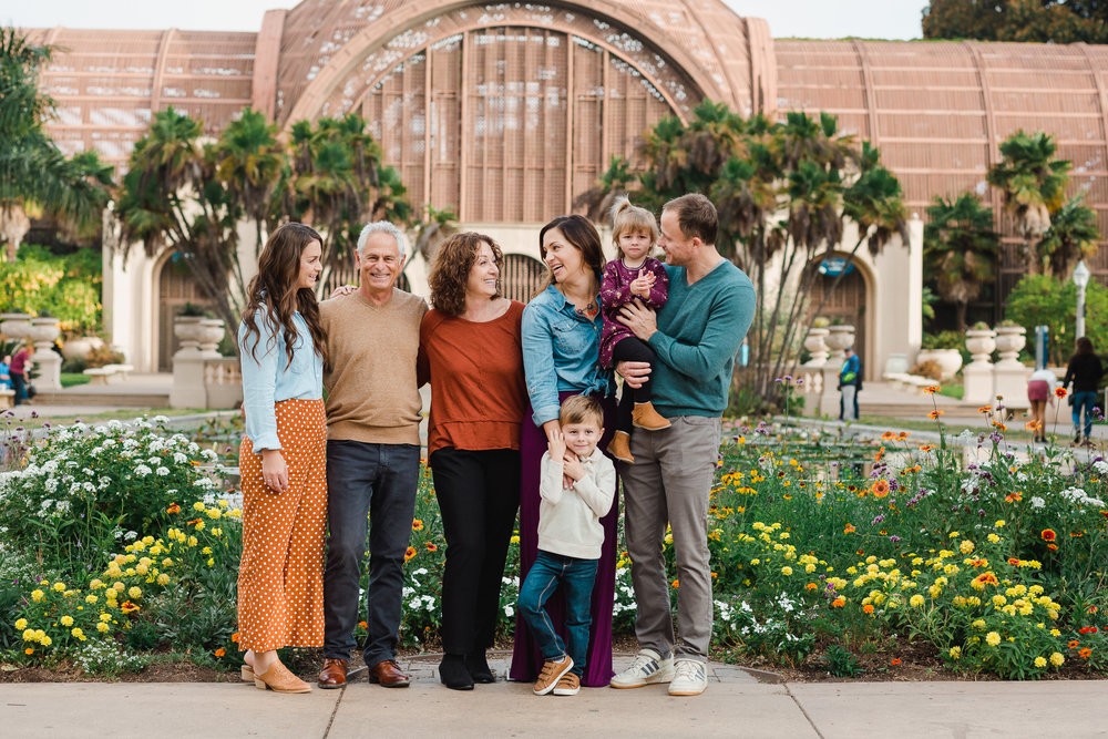 Extended family photography in san diego