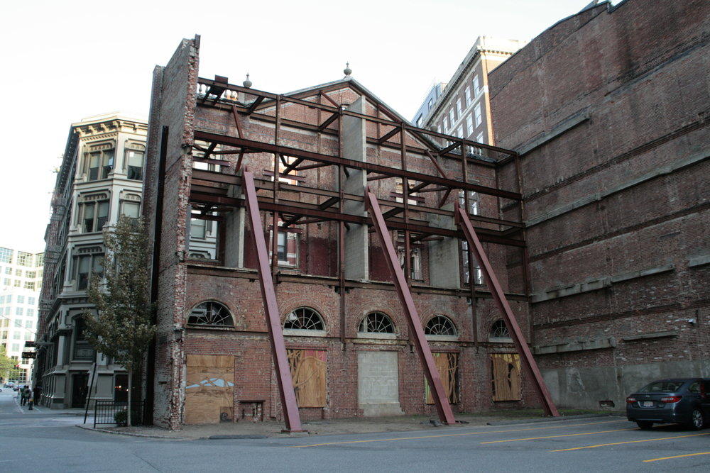 35 Weybosset St. Facade, photographed by Stephanie Zhou