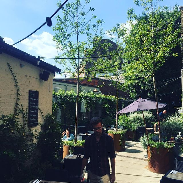 Summer has returned to highgate! #sun #summerisback #highgate #pubgarden #alfreasco #weekend #pub #publife
