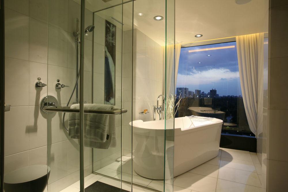 HOTEL BATH 2.jpg