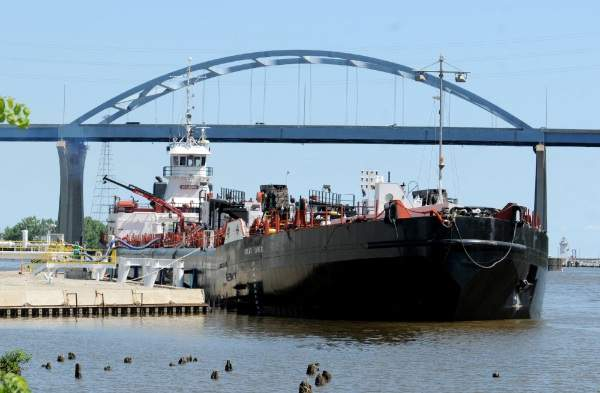8.7.17    Michigan Great Lakes Exported petroleum products to Cheboygan, MI