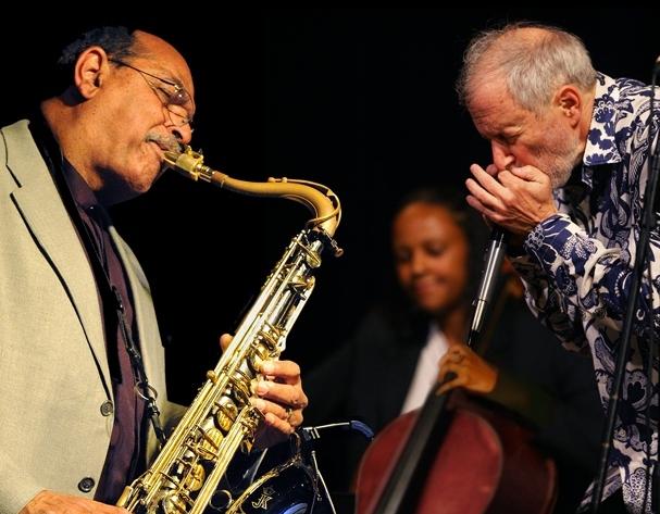 Ernie Watts, Jocelyn, Corky with Chamber Blues