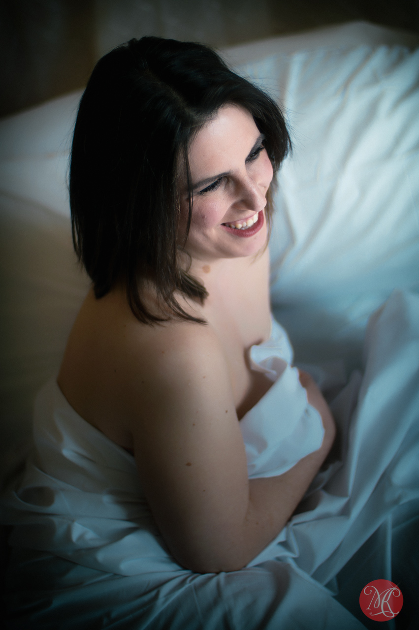 5-glamour-sexy-edmonton-photographer.jpg