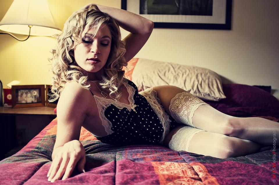 5-glamour-boudoir-photography-alberta.jpg
