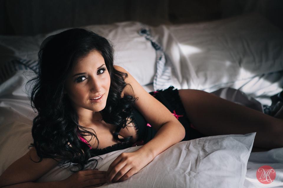 12-lingerie-sexy-boudoir-edmonton.jpg