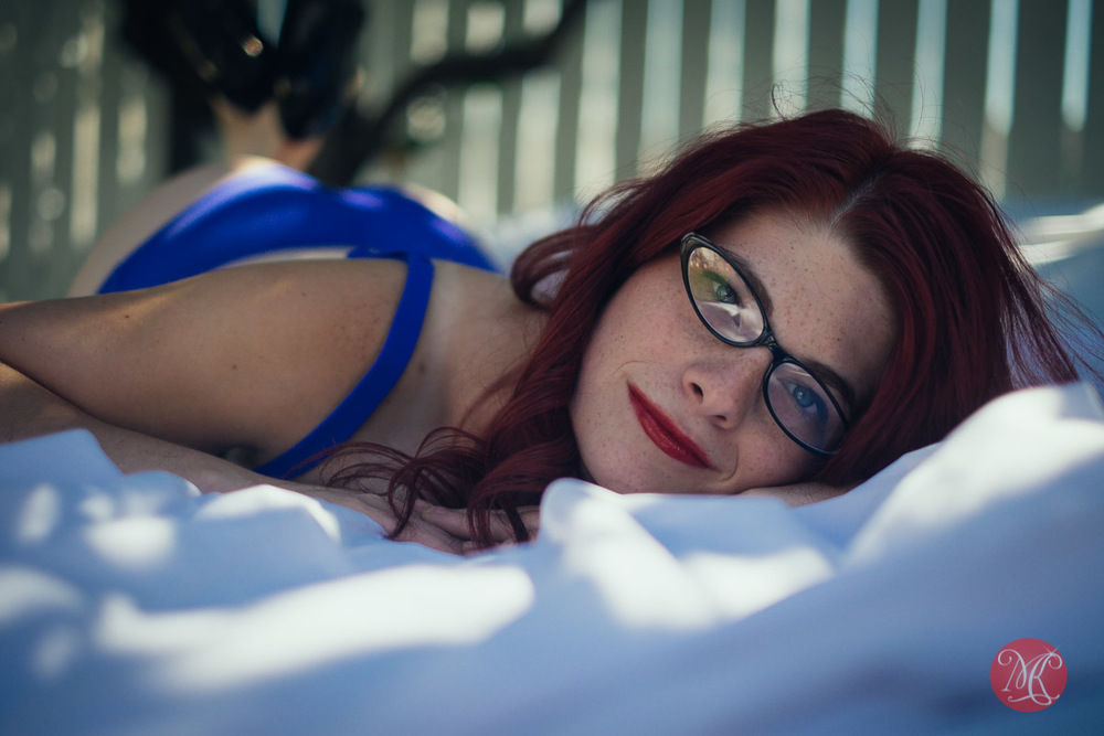 8-boudoir-edmonton-sensual-woman-sexy-lingerie.jpg