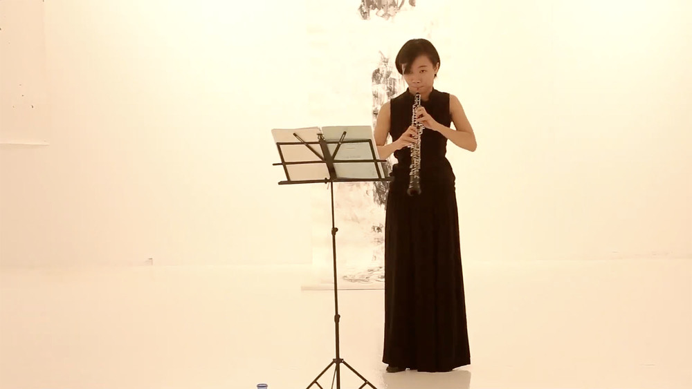 Performance by Veda Lin