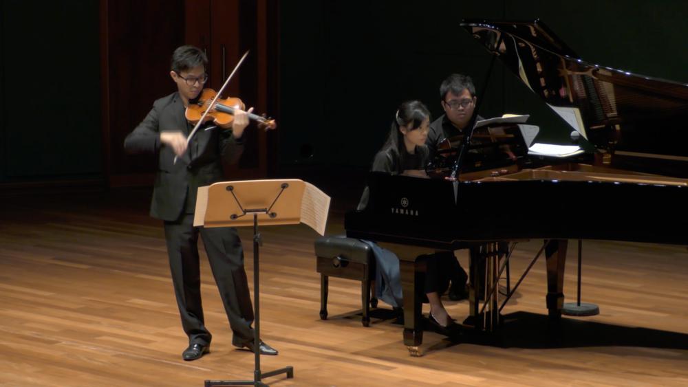 Les Sonates Françaises - Violin Sonatas by Debussy, Pierné and Fauré