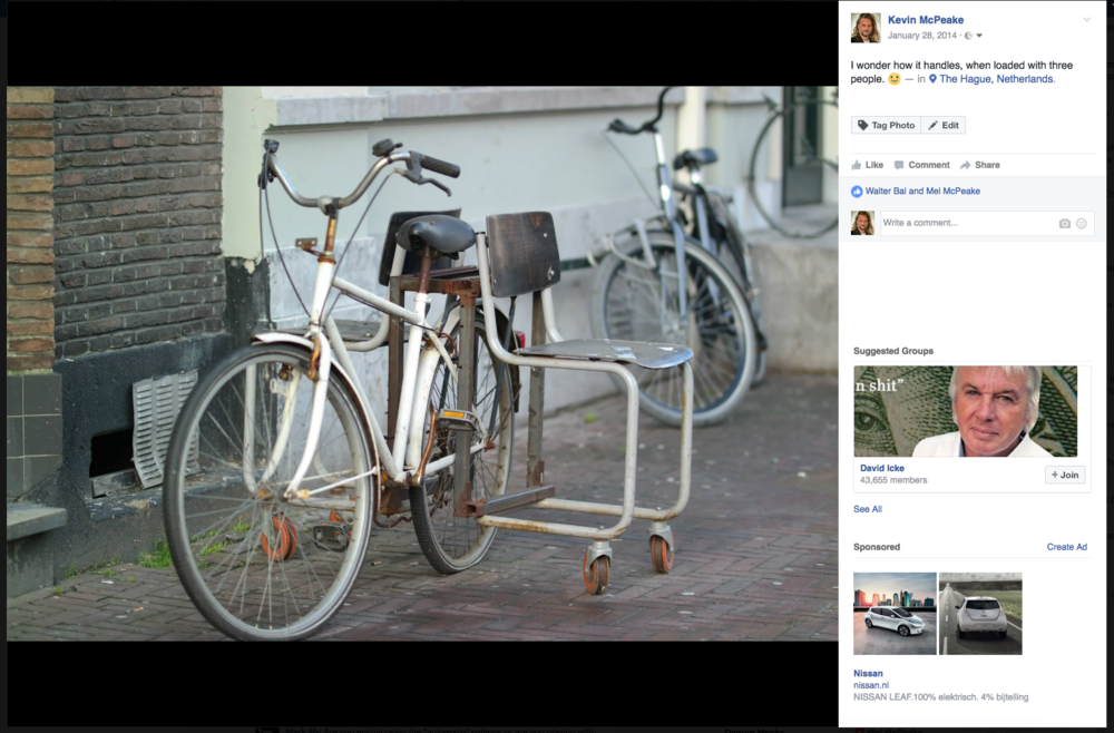 Just over three years ago, I made my first 'Fiets Chic' photo post.
