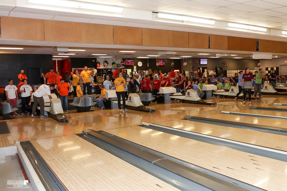 YPN Bowling -24.jpg