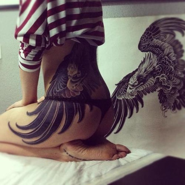 Lower-back-tattoo-designs-for-women70.jpg