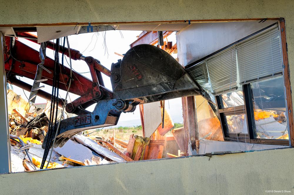 Demolition of T27-A at NASA Ames Research Center